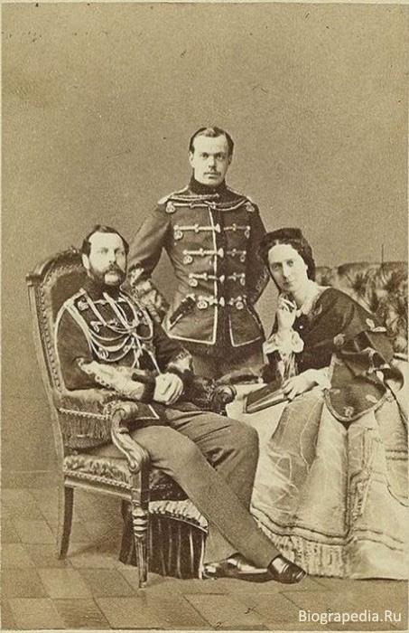 Александр II, Императрица Мария и их сын Александр